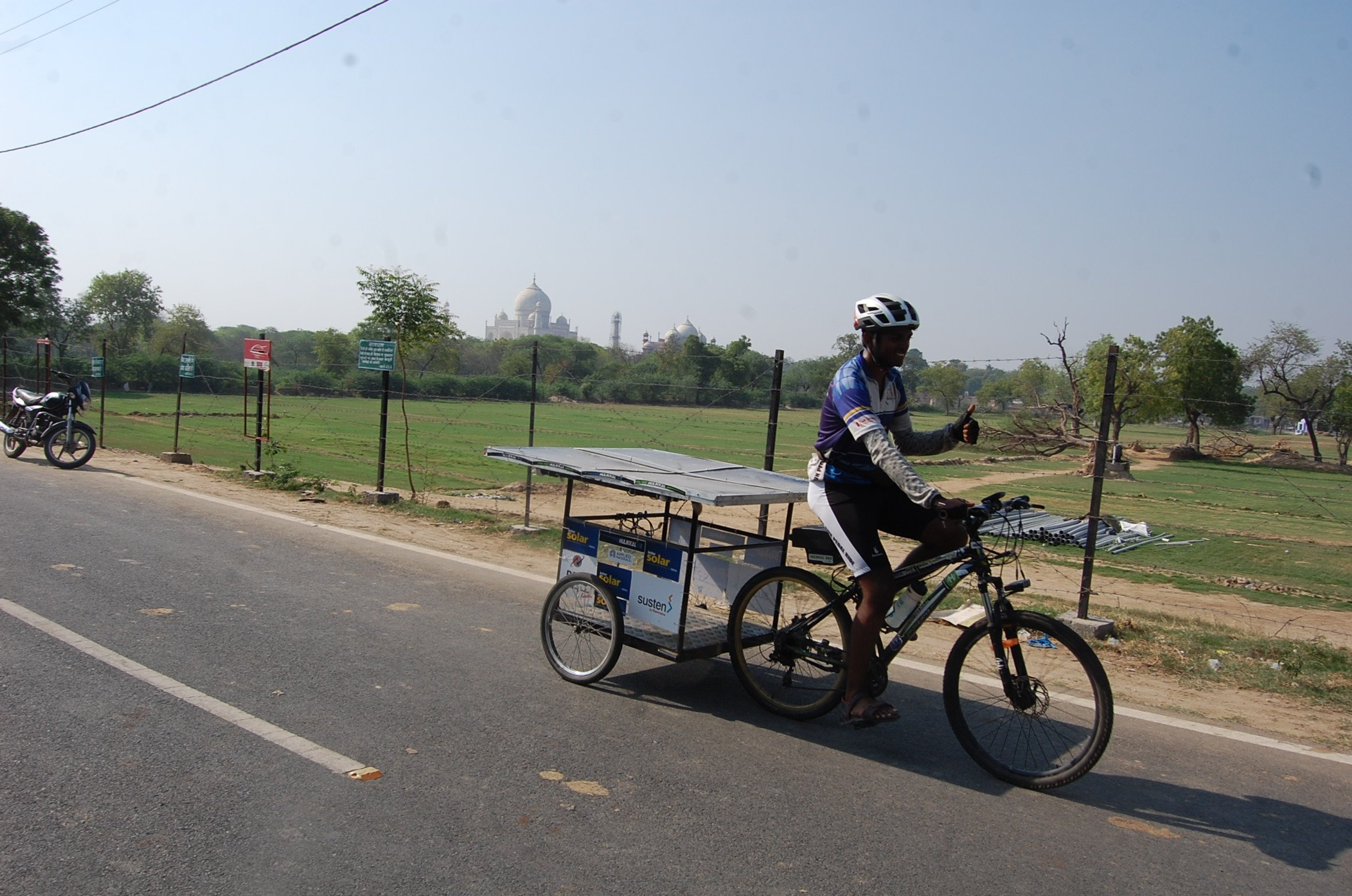 This IITian Bicycled For 7424 Km Across 9 States In 79 Days To Raise Awareness About Solar Energy