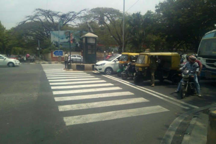 Bengaluru: Know About The New Zig-Zag Lines And Yellow Boxes Traffic Rules To Avoid Being Penalised