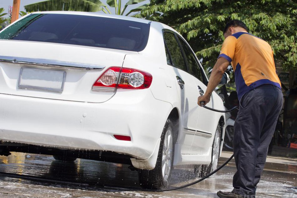 Chandigarh: Now, You Will Be Fined Rs 2,000 For Washing Cars, Watering Plants In The Morning