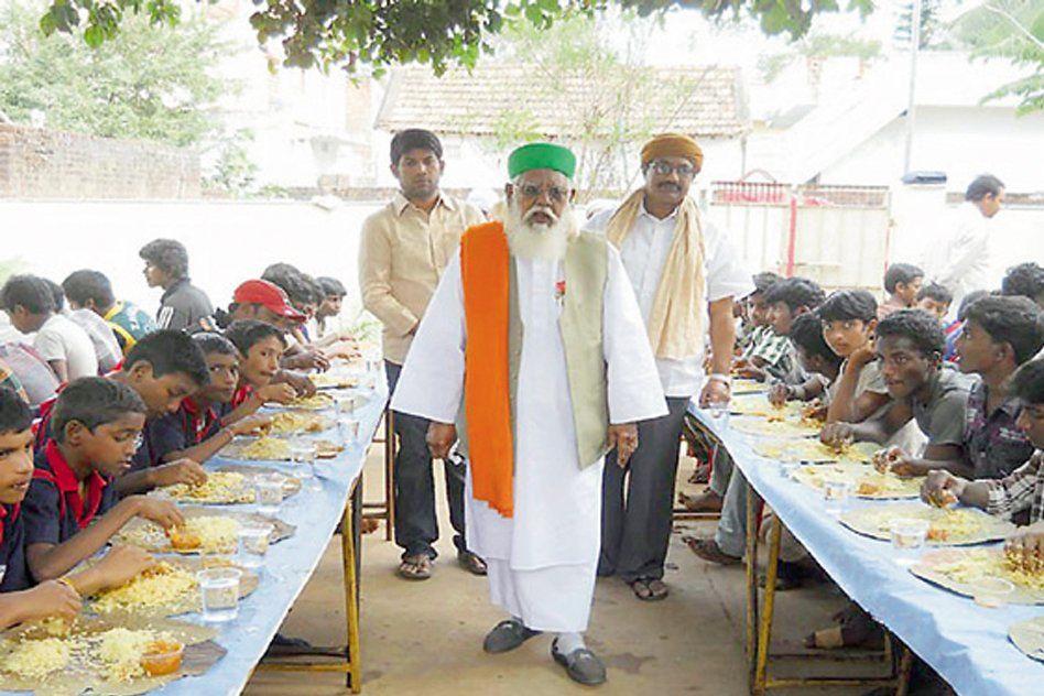 In The Last 40 Years, Biryani Baba Has Fed Over 1 Crore Poor People