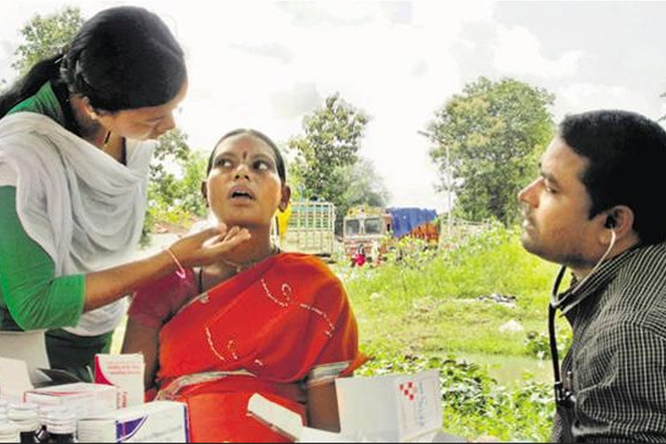 These Mobile Clinics Are Proving To Be Saviour For People In Naxal-Hit Areas Of Chhattisgarh