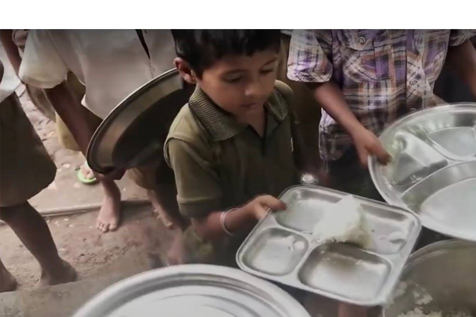Video: This Brilliant Innovation Allows To Learn And Practice Hygiene For School Children In India