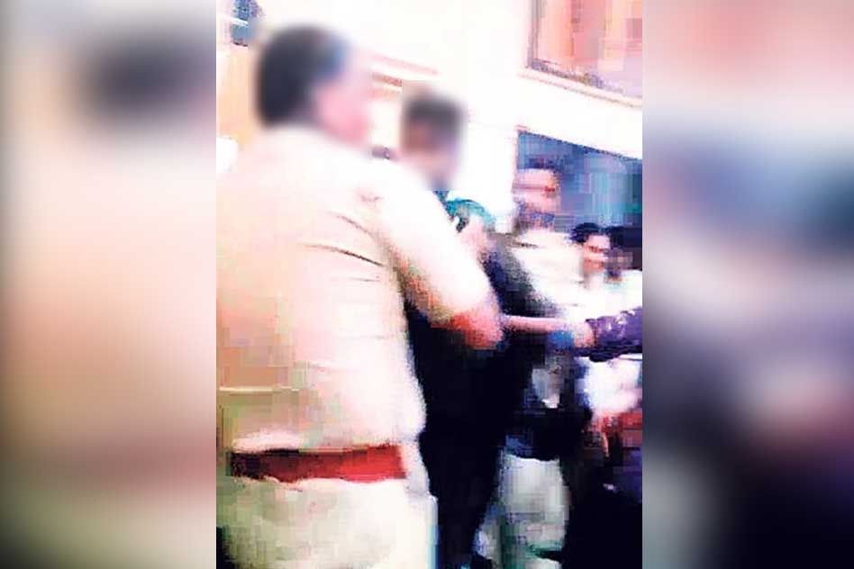 Tamil Nadu: Police Allegedly Beat Minors Inside Police Station To Force Them To Admit To A Crime