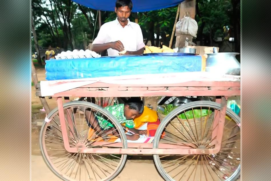 He Sells Snacks On A Cart - His Son Uses It As A Study Room