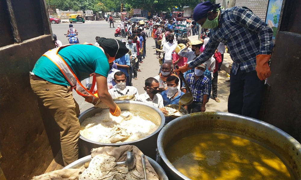 Delhi: For Poor Who Cant Find Nearest Gurudwara, Sikh Community Launches Langar On Wheels