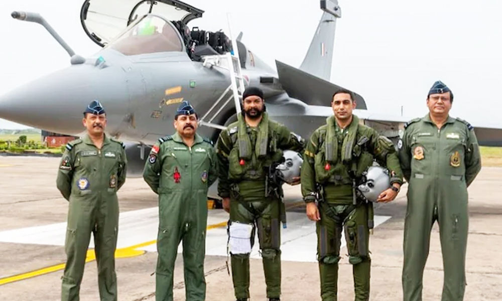 Pilots Who Brought Golden Arrows Home: Muse For Generations To Come