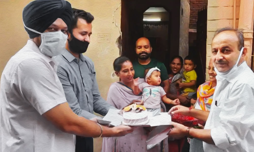 Congratulation, A Girl Is Born! Jalandhar Admin Celebrates Birth Of Girls By Visiting Houses With Cakes