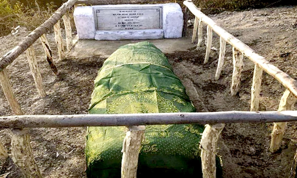 Fallen Soldier Deserves Honour In Death: Indian Army Restores Damaged Grave Of Decorated Pak Officer In J&K