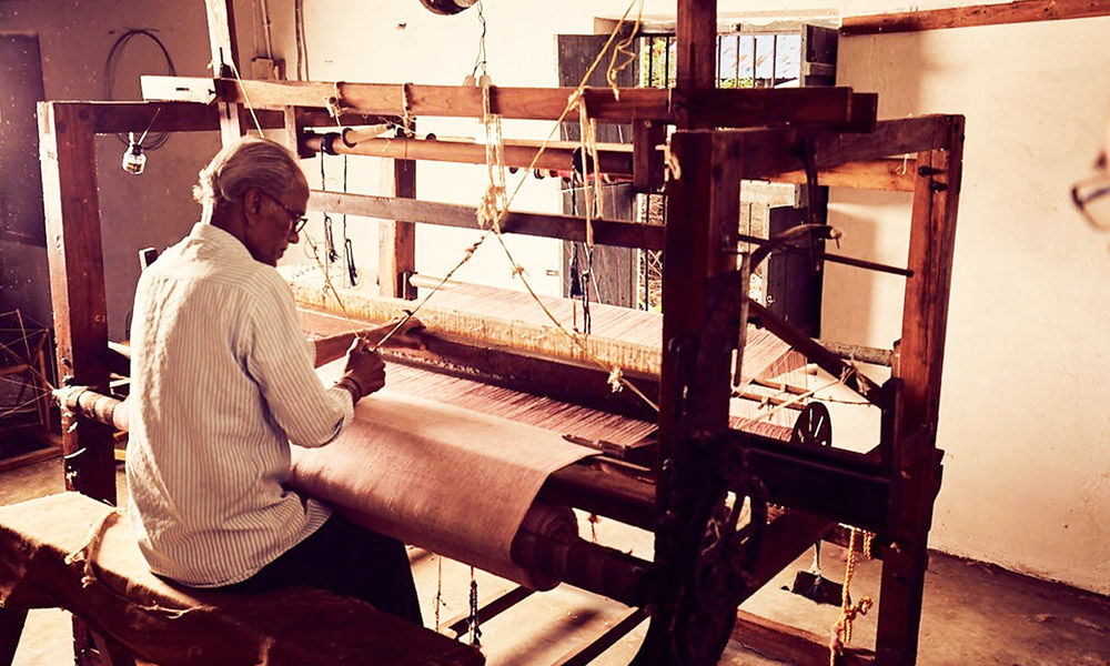Helping Charaka Weavers Thrive Post Pandemic Hit Through Online Campaign