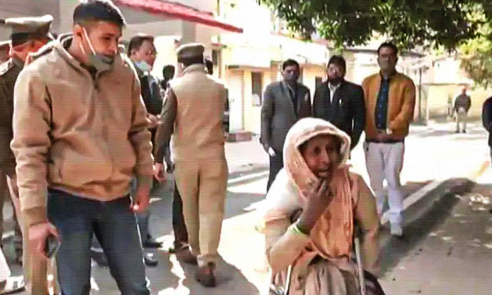 Buy Us Diesel If You Want Our Help: UP Police To Woman Looking For Missing Daughter