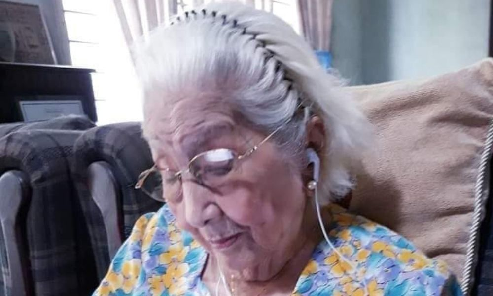 Centenarian Goes Viral After Attending College Reunion On Zoom