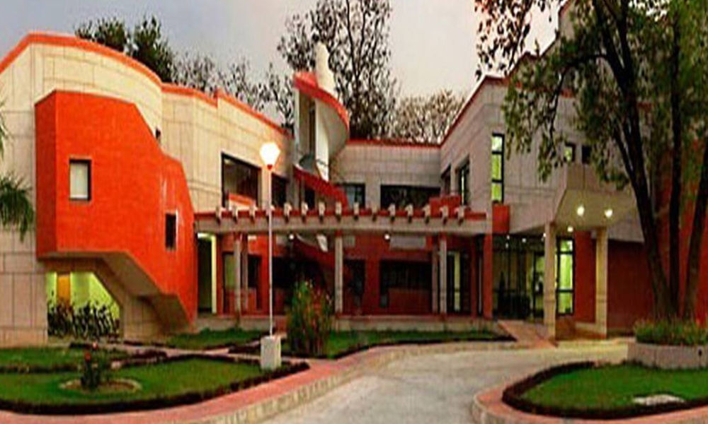 IIT Kanpur Sets Up Centre For Energy Policy And Climate Solutions, Plans To Offer Programme For Working Professionals