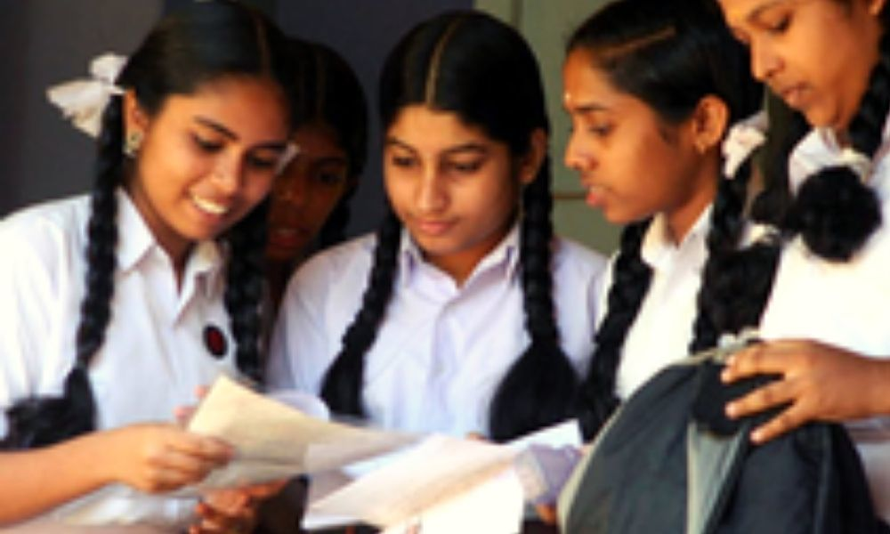 16-Yr-Old Payal Birhor Becomes First From Jharkhands Tribal Community To Clear Class 10 Exams