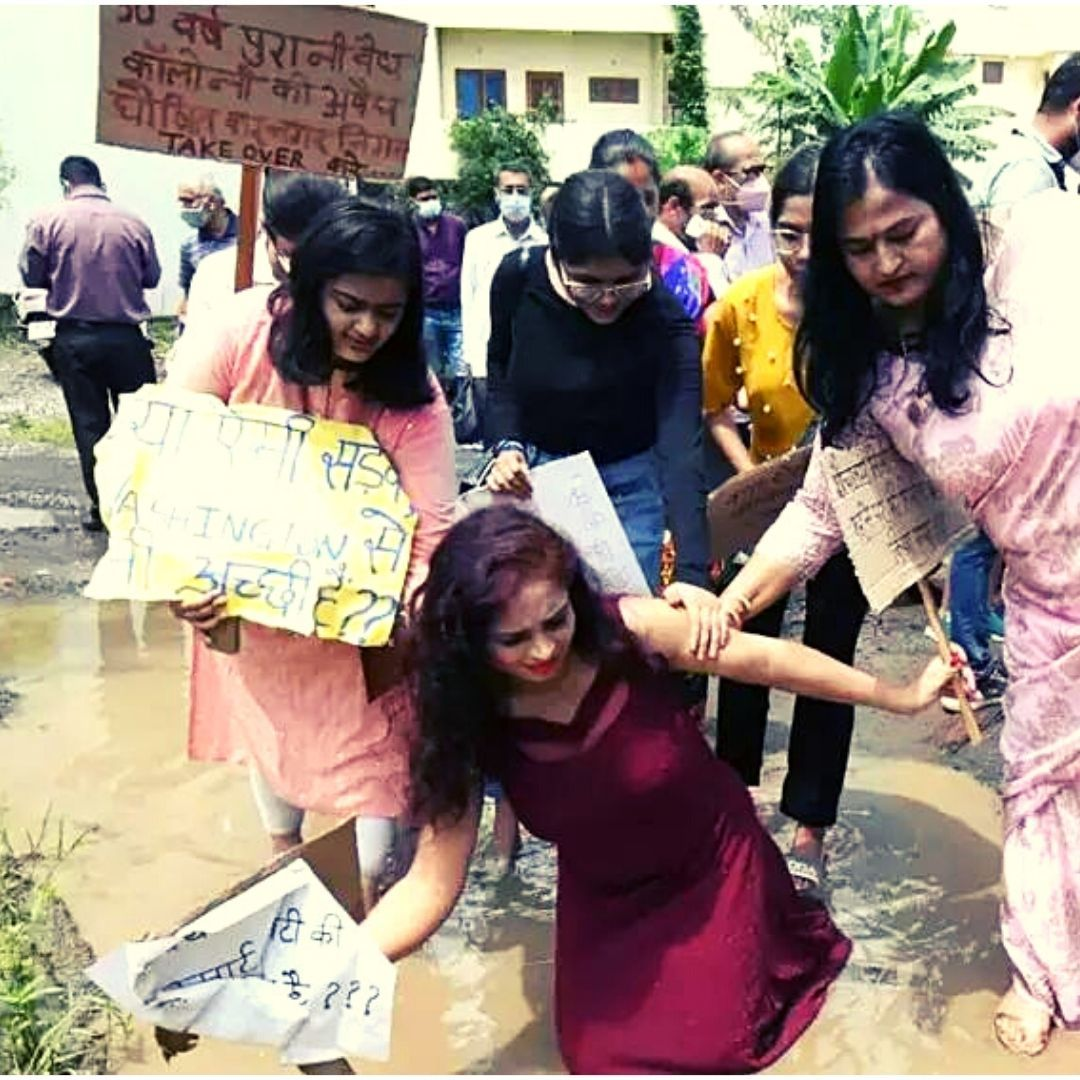 Voicing Anger Creatively: Women In Bhopal Catwalk On Potholed Roads To Draw Authorities Attention