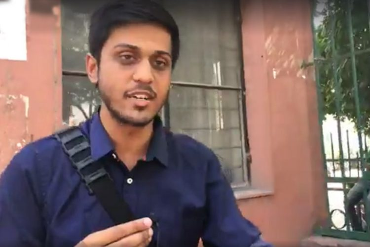 Journalist Slapped By Delhi Police