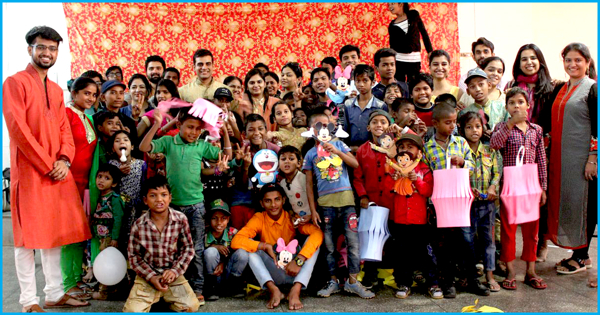 #SevaSeShadi: This Couple Invited 150 Underprivileged Kids To Their Wedding