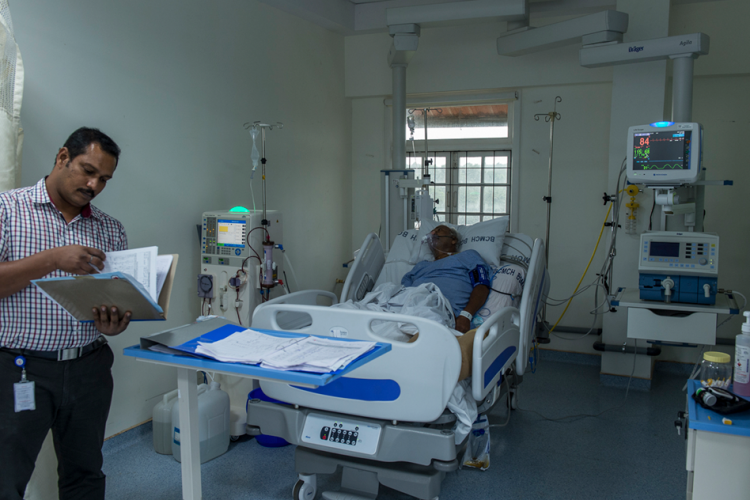 Delhi Hospital Beds Ventilator